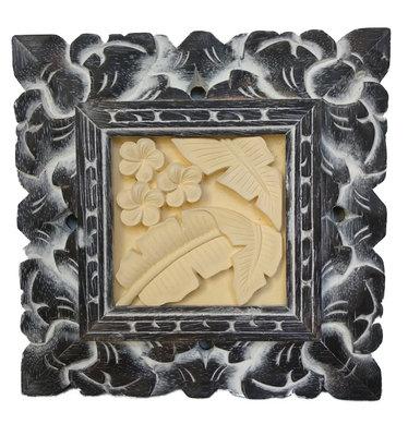Schilderijtje van gips met sierlijst (palmblad)