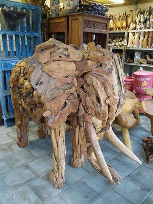 Olifant van Drijfhout / Teak